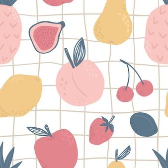 かわいい幼稚なスタイルのフルーツのシームレスなパターン。ナシ、レモン、ピーチ、チェリー、イチゴ、プラム、リンゴ、パイナップル、イチジク。トロピカルフード。プリント生地、メニューカードまたは保育園のデザインに最適です。