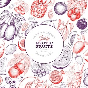 フルーツとベリーのデザインテンプレート。手描きベクトル熱帯果物イラスト。刻まれたスタイルのフルーツ。レトロなエキゾチックな料理。
