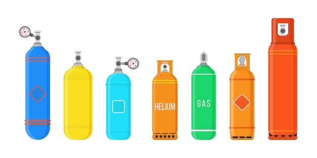 연료 저장 액화 압축 가스 고압 캠핑 장비 세트. 다른 가스 실린더 흰색 배경에 고립입니다.
