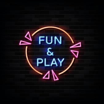 Развлекайтесь и играйте с неоновыми вывесками. шаблон неоновый стиль.