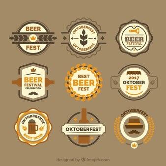 Collezione divertente di distintivi vintage oktoberfest
