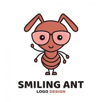Весело мило улыбаясь умный муравей в очках. современный стиль плоская линия персонажа из мультфильма иллюстрации значок логотипа шаблон. изолированные на белом. малыш, дети, ребёнок, рабочий муравей