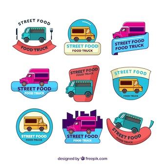手描きの食品トラックのロゴの楽しいパック