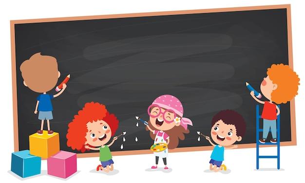 空の黒板を持つ面白い子供たち