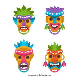 Divertenti tiki maschere colorate
