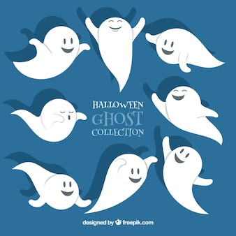 Funny halloween hand drawn ghosts