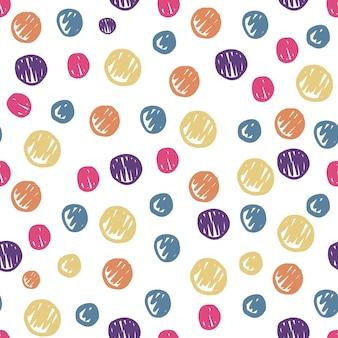 面白い手描きの円はシームレスなパターンを形作ります。色付きの水玉模様の背景。かわいい壁紙。生地、テキスタイルプリント、ラッピングのシンプルなデザイン。ベクトルイラスト