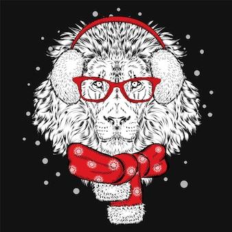 Забавный лев в зимних наушниках и шарфе. векторная иллюстрация.