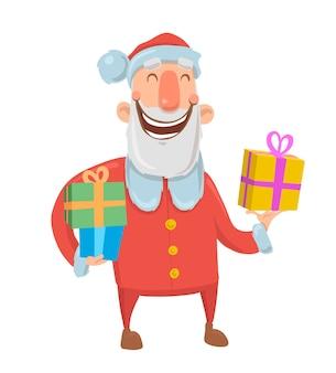 面白い笑顔のサンタクロースは、白い背景の上のカラフルなボックスにプレゼントを運ぶ。メリークリスマス、そしてハッピーニューイヤー。孤立した図。漫画のキャラクター。