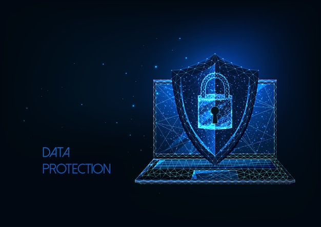 輝く低ポリゴンラップトップと暗い青色の背景に分離されたアクセスロック付き保護シールドの未来的なデータ保護の概念。モダンなワイヤーフレームメッシュデザイン