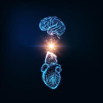 Футуристическая концепция эмоционального интеллекта со светящимся низкополигональным человеческим мозгом и сердцем