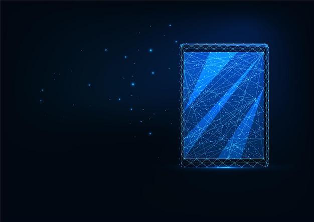 진한 파란색으로 격리된 디지털 태블릿의 미래 빛나는 낮은 다각형 전면 보기