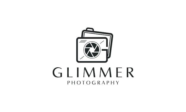 렌즈 아이콘이 있는 g 카메라 이니셜 디자인 로고