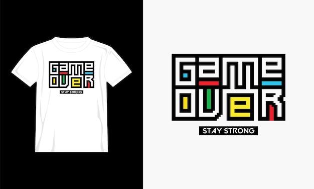 Красочный дизайн футболки игры