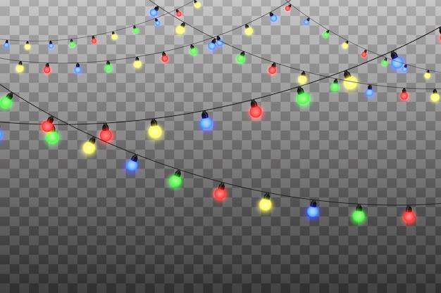 花輪、クリスマスデコレーションライト効果。ワイヤーストリングの赤、黄、青、緑のグロー電球。