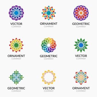 기하학적 패턴 로고 템플릿. 로고 및 징후 세트 장식 패턴 무료 벡터
