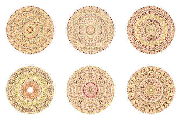 幾何学的な抽象的な円形の花飾りマンダラセット