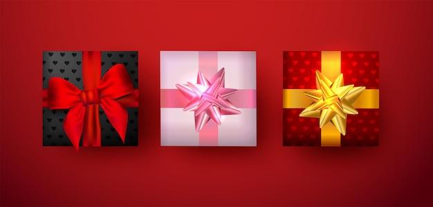 나비와 리본 발렌타인 배너 또는 인사말 카드에 사용하기 위해 선물 상자.