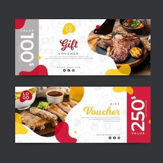 Modello del buono regalo con foto di bistecca