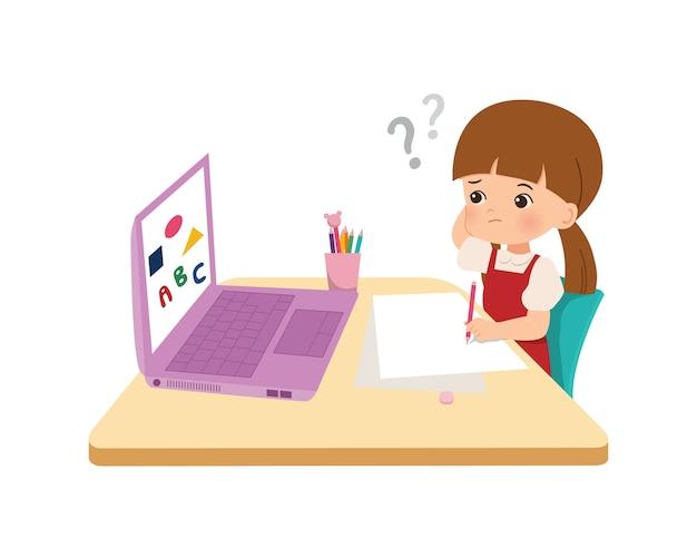혼란스럽고 생각하는 소녀. 그의 숙제를 하 고 귀여운 꼬마입니다. 대유행 시대 코로나 바이러스 동안 온라인 수업을 공부하십시오. 플랫 스타일.