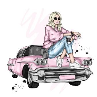 세련된 옷과 복고풍 자동차 소녀