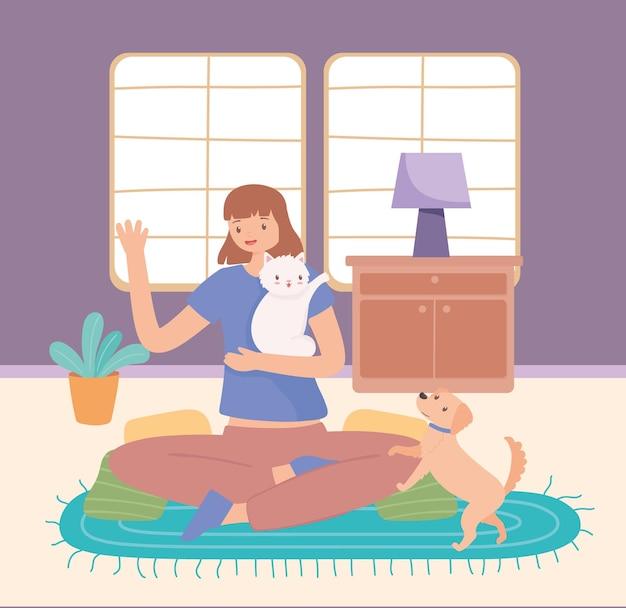 Девушка играет с домашними животными