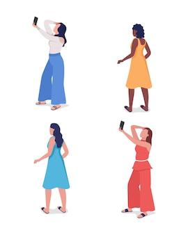 사진 세미 플랫 컬러 벡터 문자 집합을 위해 포즈를 취하는 소녀. 서있는 그림. 흰색에 전신 사람들입니다. 여성은 그래픽 디자인 및 애니메이션 컬렉션을 위한 현대 만화 스타일의 삽화를 격리했습니다.