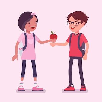 彼氏とリンゴを共有する女の子。知識、知恵、相互信頼、優しさと十代の若者たちの間のサポート、愛を提供するジェスチャー、ケアの赤い実を与える子供。ベクトルフラットスタイルの漫画イラスト