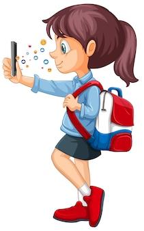 흰색 배경에 고립 된 소셜 미디어 아이콘 테마로 스마트 폰을 사용하는 소녀