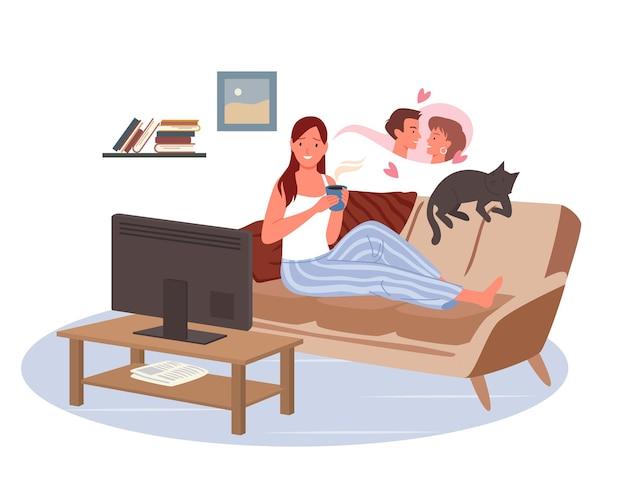 Девушка смотрит телевизор в домашней гостиной. женский персонаж лежит на диване с кошкой, чтобы смотреть любовный фильм