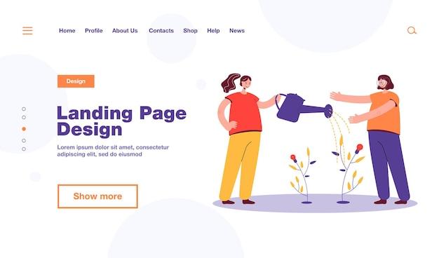 Девочки поливают небольшое дерево идей. женский персонаж с большой лейкой, лампочкой завод плоской иллюстрации. работа в команде, разработка, концепция запуска, дизайн веб-сайта или целевая веб-страница