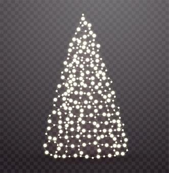 ライトと花輪で作られた輝くクリスマスツリー。