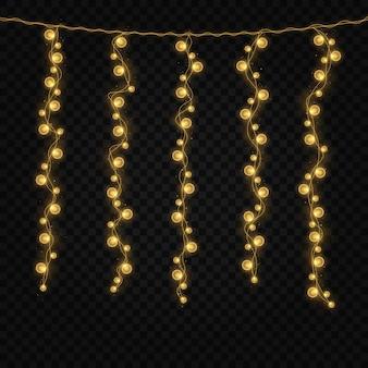 クリスマスホリデーカード用の輝くライトカラフルなホリデーガーランドの文字列