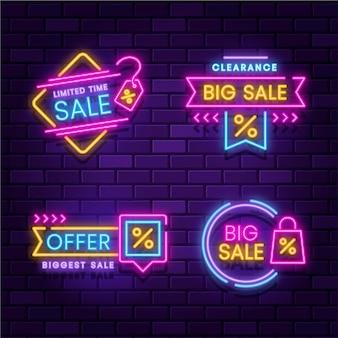 Set di etichette di vendita al neon incandescente