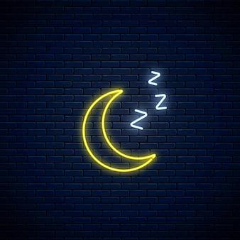 Zzzシンボルと輝くネオン眠そうな月のアイコン。モバイルアプリケーションの天気予報にネオンスタイルで眠っている三日月