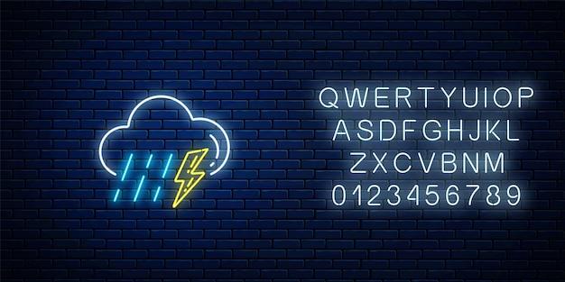 Светящаяся неоновая гроза с дождевой погодой значок с алфавитом. символы шторма и дождя с молнией в неоновом стиле для прогноза погоды в мобильном приложении. векторная иллюстрация.