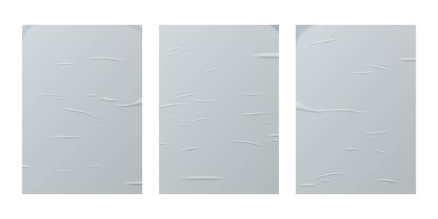 Набор листов клееной бумаги, изолированные на белом фоне.