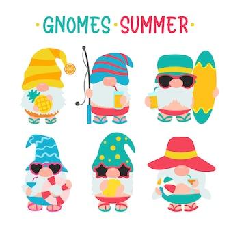 Гномы лето. гномы носят шляпы и солнцезащитные очки для летних поездок на пляж.