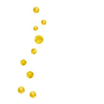 고립 된 배경에 골드 반짝이 점 색종이. 메탈릭 쉬머의 떨어지는 스팽글. 파티 초대, 신부 샤워 및 날짜 초대를 위한 금색 반짝이 점이 있는 템플릿.