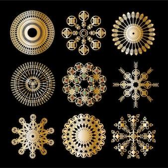 金曼荼羅飾り。オリエンタルラウンドパターン。ステッカー、フラッシュ一時的な入れ墨、一時的な刺青とヨガのデザイン、自由奔放に生きる、魔法のシンボルのベクトルデザイン