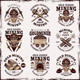 Золотодобывающая промышленность и добыча ресурсов набор из девяти старинных эмблем, значков, этикеток или логотипов, изолированных на фоне со съемными гранжевыми текстурами
