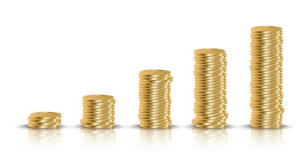 Стопка золотых денег, изолированные на белом