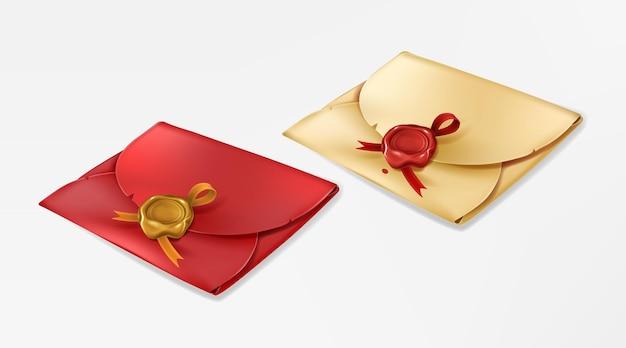 ワックスシール付きの金色と赤のヴィンテージ封筒は、リボン紙の入り江が付いた丸いスタンプで空白を閉じました...