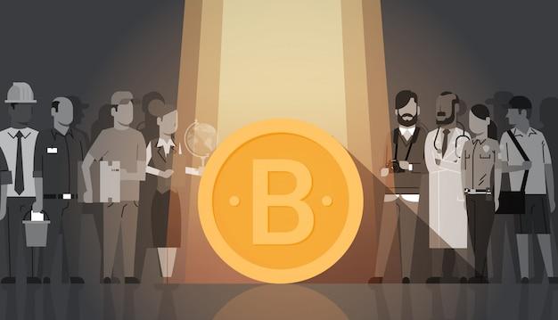 실루엣 사람들 군중 현대 웹 돈 디지털 통화 개념을 통해 골든 bitcoin