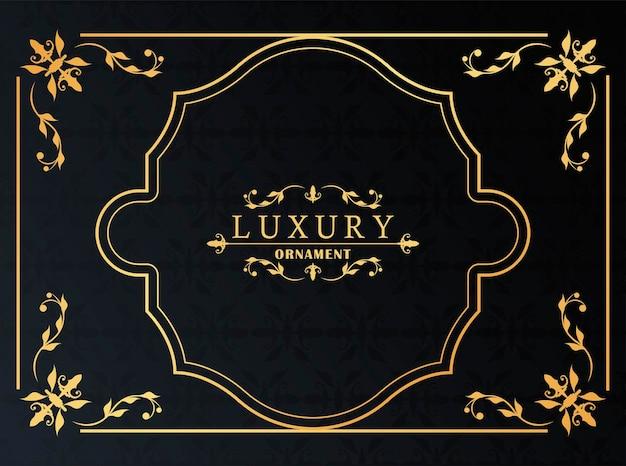 Золотая роскошная рамка в викторианском стиле на черном фоне