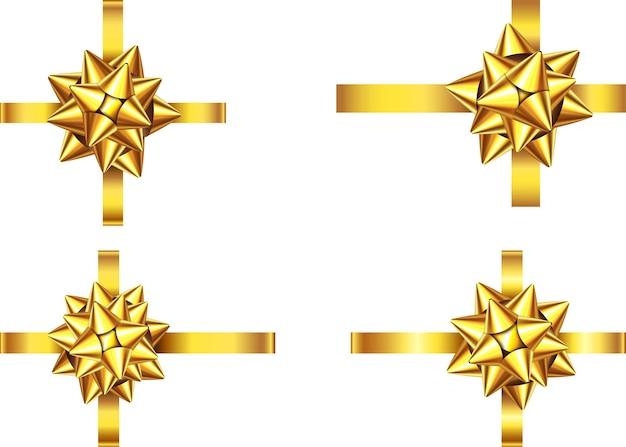 白い背景で隔離の黄金のサテンのギフトリボンと弓。ゴールドクリスマス、新年、誕生日の飾り。バナー、グリーティングカード、ポスターの現実的な装飾要素をベクトルします。