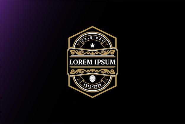 크래프트 맥주 양조장 엠블럼 로고 디자인 벡터를 위한 골든 스퀘어 럭셔리 홉