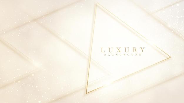 クリーム色の背景に金色の三角形の高級コンセプト。