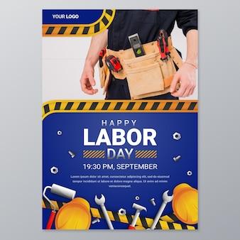 Modello di poster verticale della festa del lavoro sfumato con foto