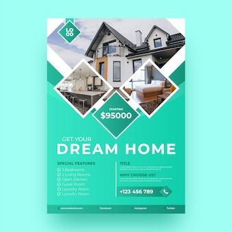 Градиентный плакат о недвижимости с фото